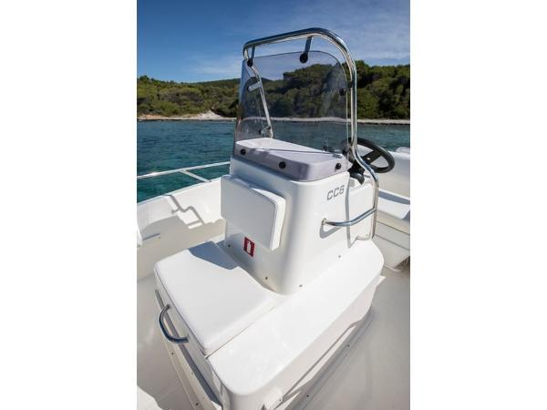 2020 Bayliner boat for sale, model of the boat is Element CC6 & Image # 10 of 19