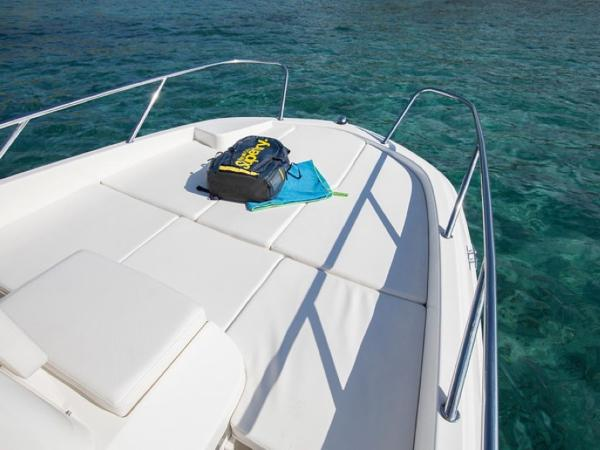2020 Bayliner boat for sale, model of the boat is Element CC6 & Image # 13 of 19
