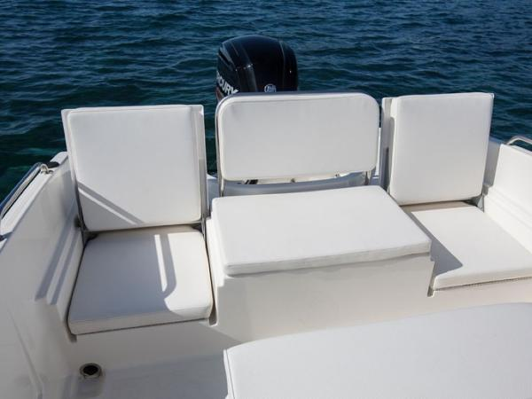 2020 Bayliner boat for sale, model of the boat is Element CC6 & Image # 16 of 19