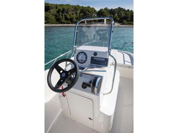 2020 Bayliner boat for sale, model of the boat is Element CC6 & Image # 19 of 19