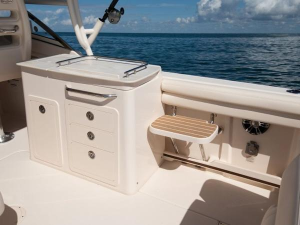 2020 Grady-White boat for sale, model of the boat is Freedom 275 & Image # 12 of 23