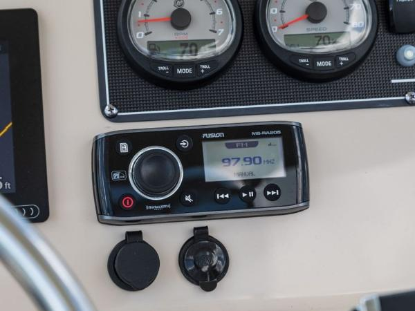 2020 Boston Whaler boat for sale, model of the boat is 210 Monauk & Image # 12 of 54