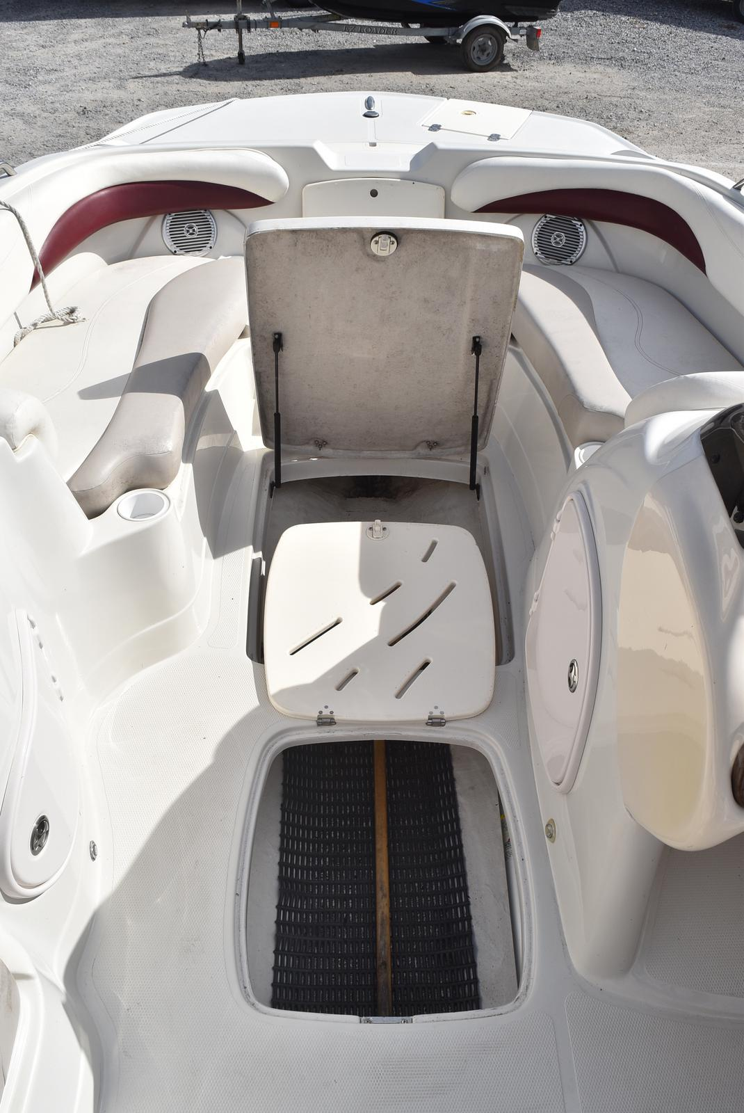 2008 Tahoe boat for sale, model of the boat is 215 & Image # 11 of 20