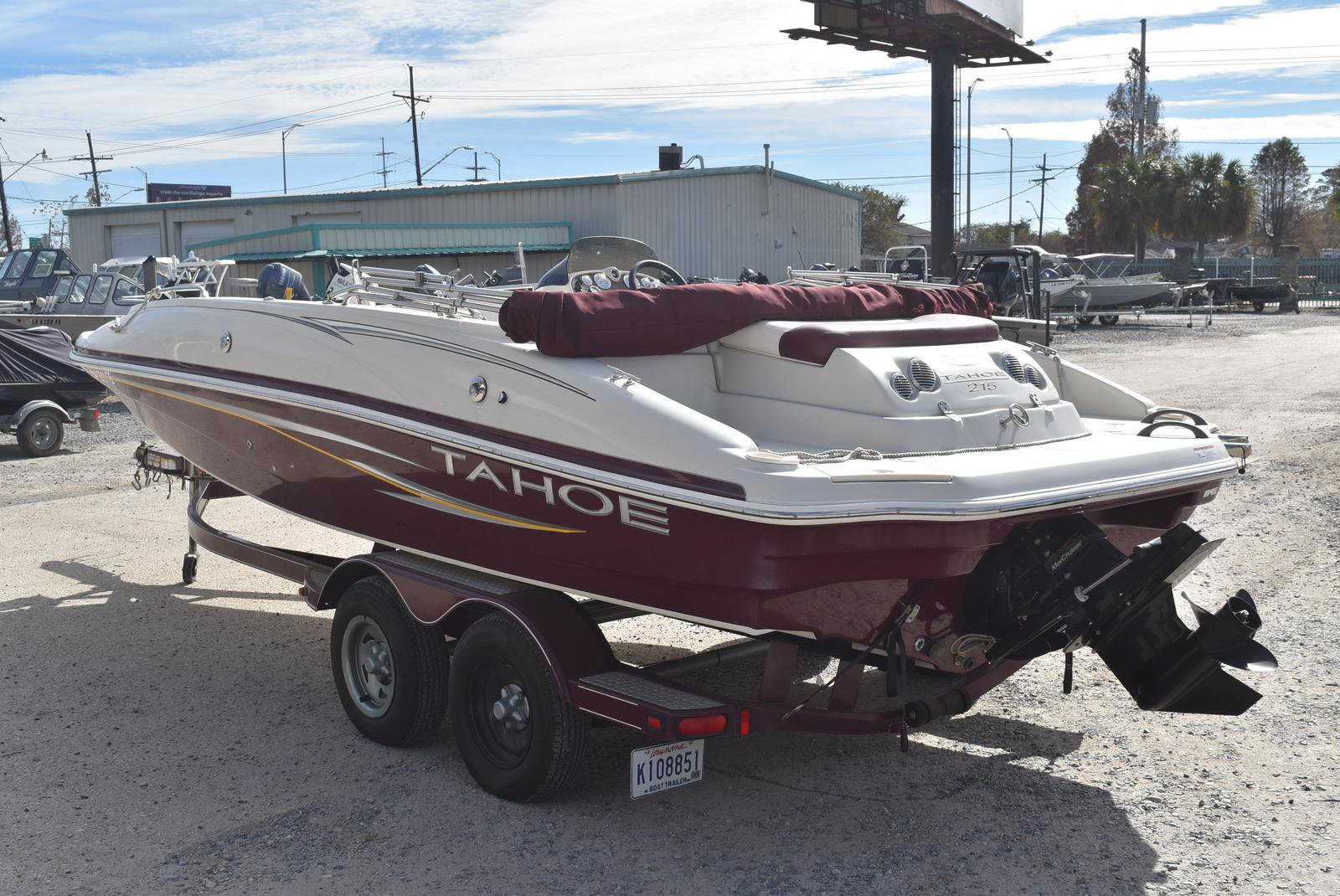 2008 Tahoe boat for sale, model of the boat is 215 & Image # 4 of 20