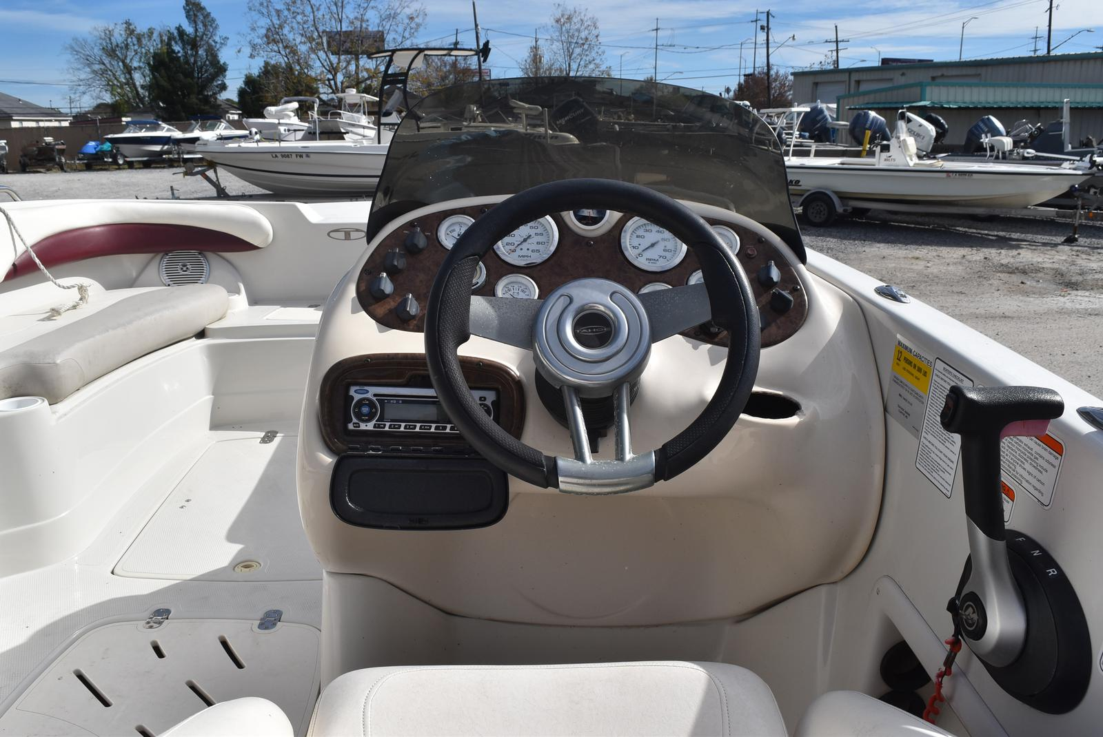 2008 Tahoe boat for sale, model of the boat is 215 & Image # 6 of 20