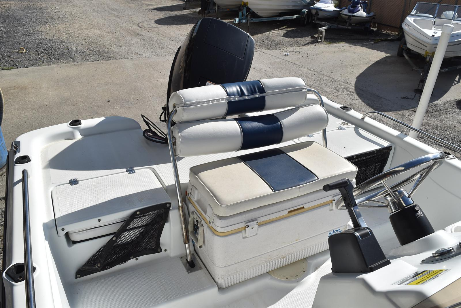 2003 Fish Master boat for sale, model of the boat is 19 & Image # 7 of 18