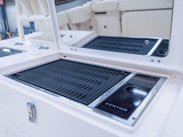 2020 Grady-White boat for sale, model of the boat is Canyon 376 & Image # 2 of 25