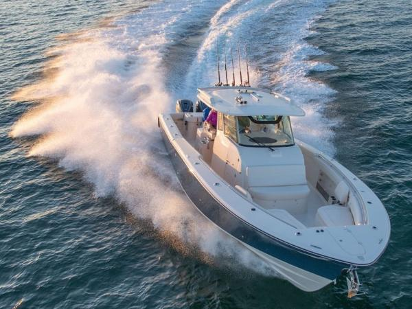 2020 Grady-White boat for sale, model of the boat is Canyon 376 & Image # 3 of 25