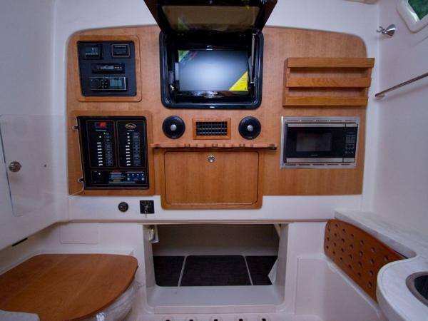 2020 Grady-White boat for sale, model of the boat is Canyon 376 & Image # 17 of 25