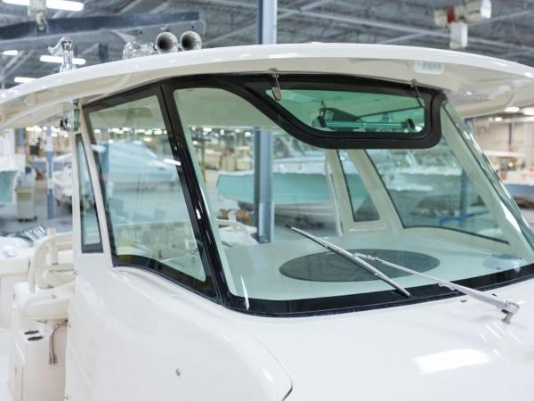2020 Grady-White boat for sale, model of the boat is Canyon 376 & Image # 21 of 25
