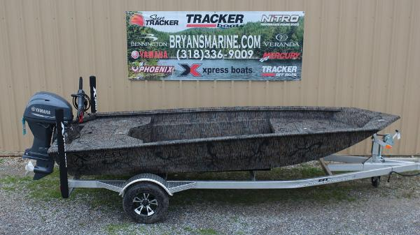 2020 Xpress boat for sale, model of the boat is HD16DBX & Image # 1 of 8