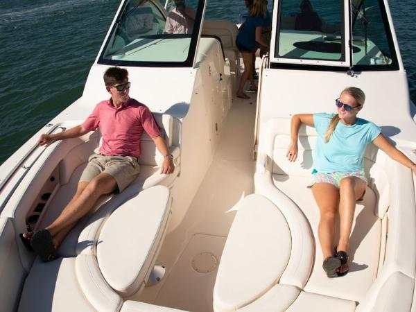 2020 Grady-White boat for sale, model of the boat is Freedom 375 & Image # 10 of 30