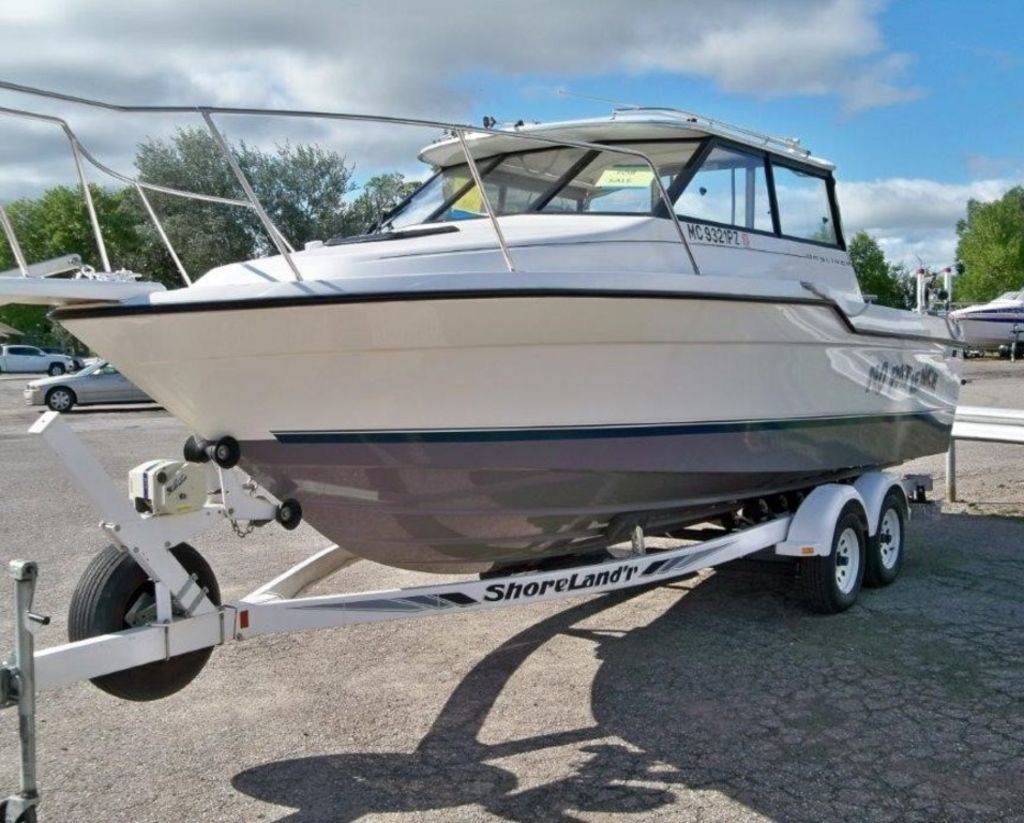 1995 Bayliner boat for sale, model of the boat is 2359 WA & Image # 4 of 26