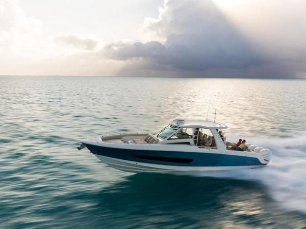 2020 Boston Whaler boat for sale, model of the boat is 420 Outrage & Image # 8 of 55
