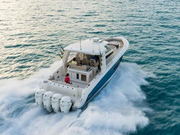 2020 Boston Whaler boat for sale, model of the boat is 420 Outrage & Image # 34 of 55