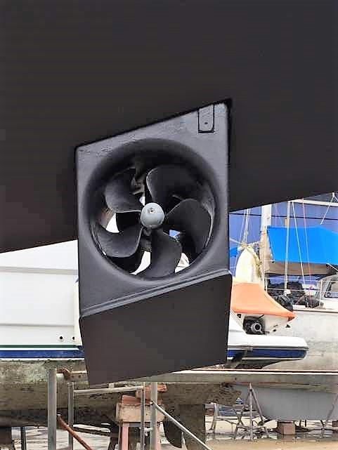 Retractable Bow thruster