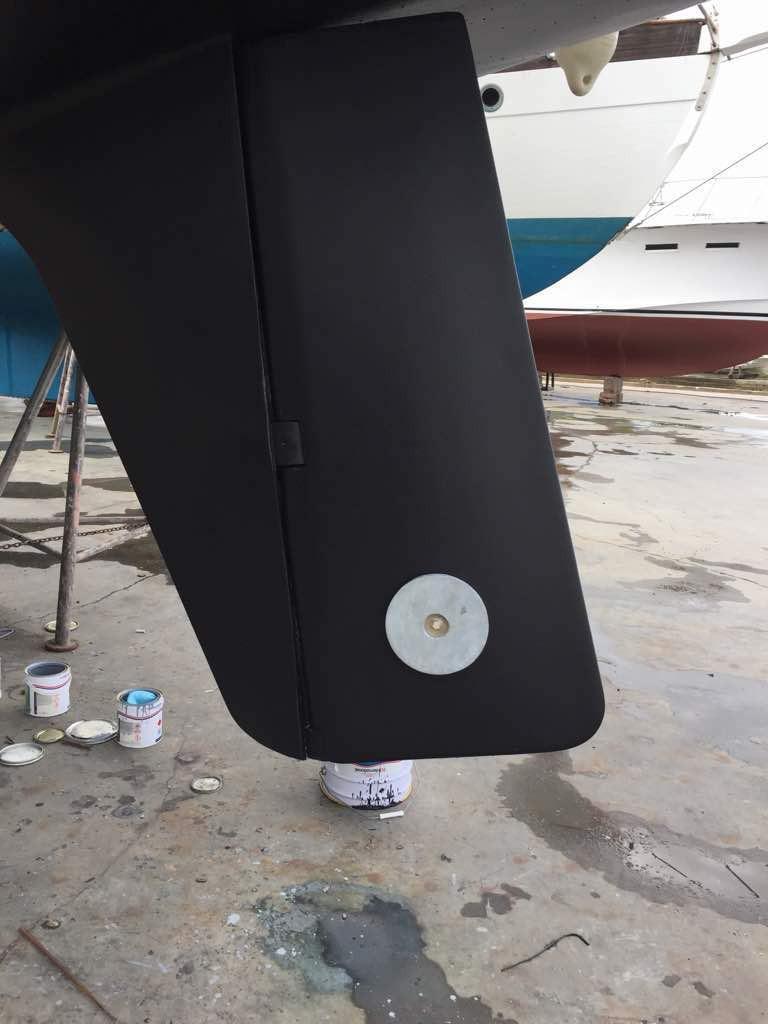 Skeg mounted Rudder/Anode