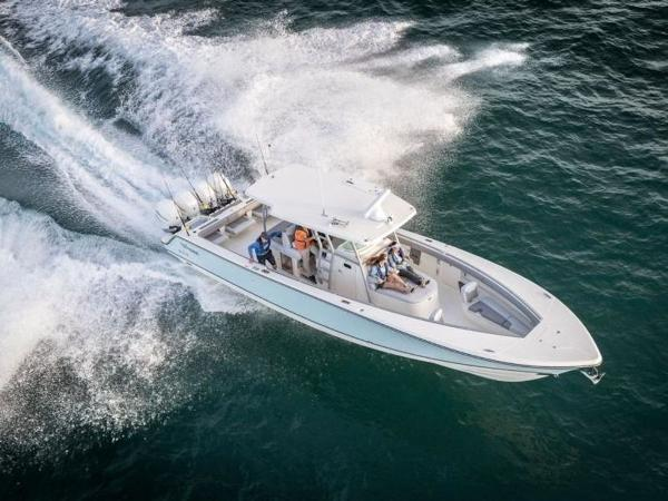 2020 Mako boat for sale, model of the boat is 414 CC Family Edition & Image # 2 of 72