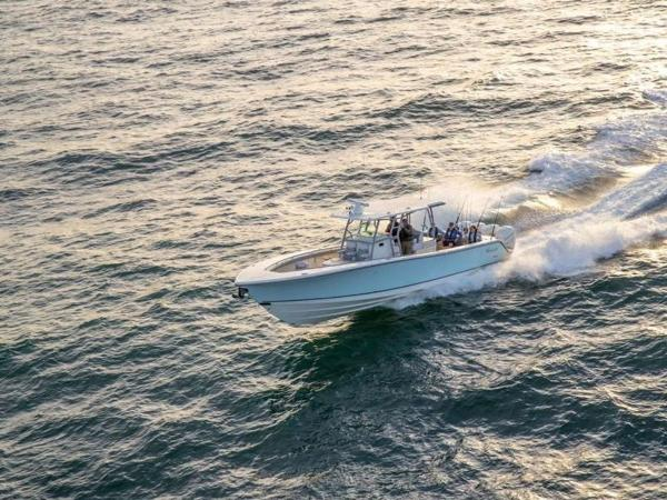2020 Mako boat for sale, model of the boat is 414 CC Family Edition & Image # 3 of 72