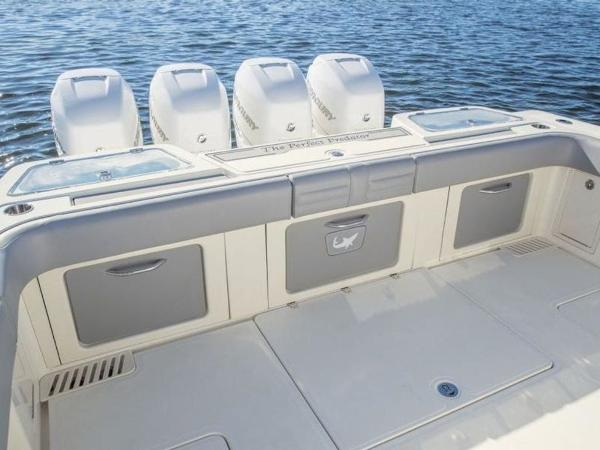 2020 Mako boat for sale, model of the boat is 414 CC Family Edition & Image # 35 of 72
