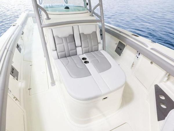 2020 Mako boat for sale, model of the boat is 414 CC Family Edition & Image # 39 of 72