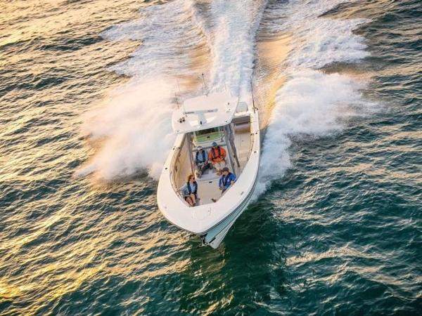 2020 Mako boat for sale, model of the boat is 414 CC Family Edition & Image # 59 of 72