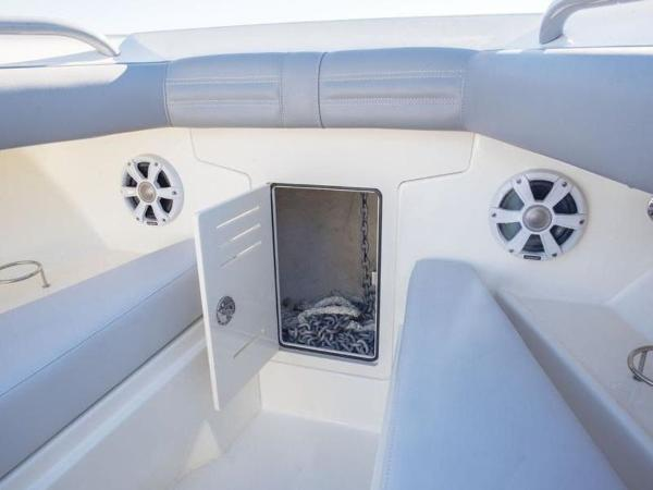 2020 Mako boat for sale, model of the boat is 414 CC Family Edition & Image # 60 of 72