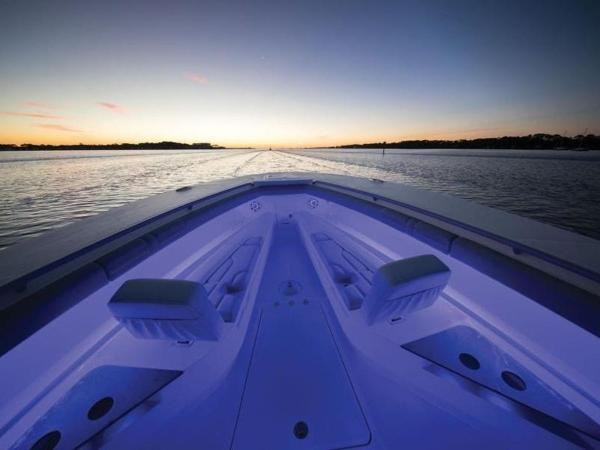 2020 Mako boat for sale, model of the boat is 414 CC Family Edition & Image # 64 of 72