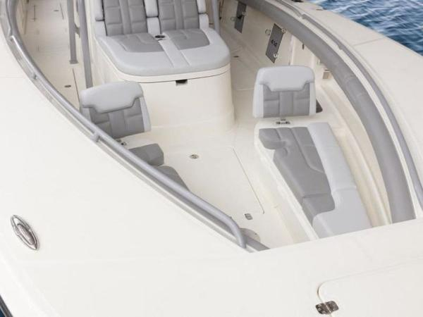 2020 Mako boat for sale, model of the boat is 414 CC Family Edition & Image # 70 of 72