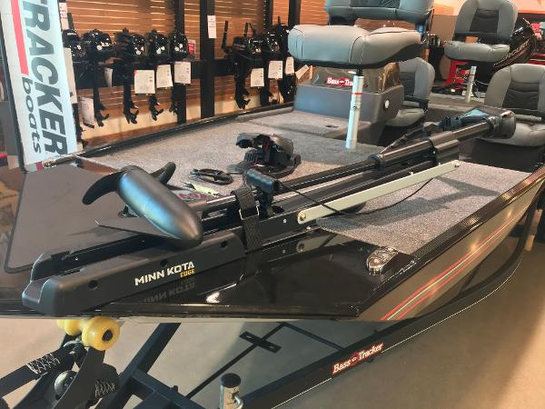 2021 Tracker Boats boat for sale, model of the boat is Bass Tracker Classic XL & Image # 13 of 31
