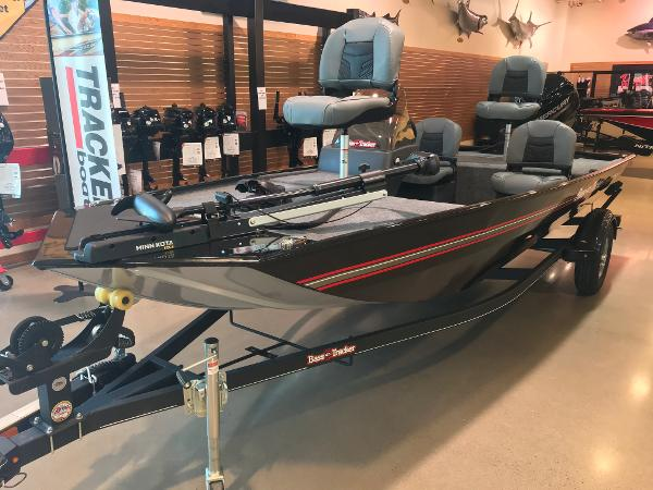 2021 Tracker Boats boat for sale, model of the boat is Bass Tracker Classic XL & Image # 18 of 31