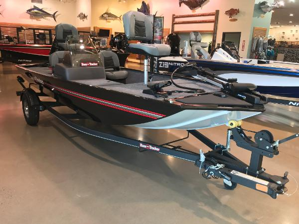 2021 Tracker Boats boat for sale, model of the boat is Bass Tracker Classic XL & Image # 21 of 31