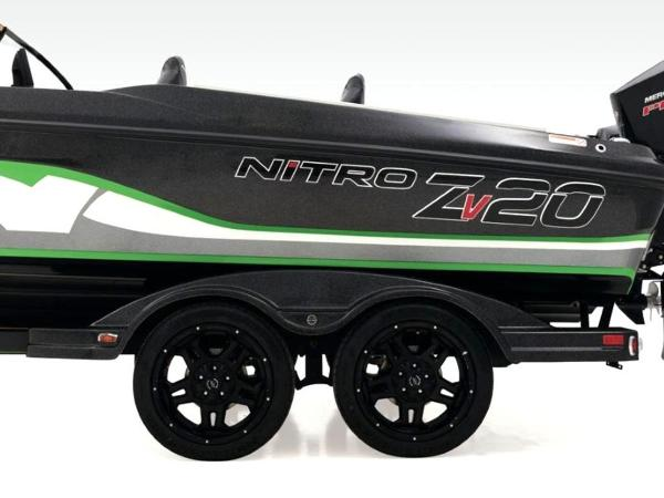 2020 Nitro boat for sale, model of the boat is ZV20 Pro & Image # 9 of 47