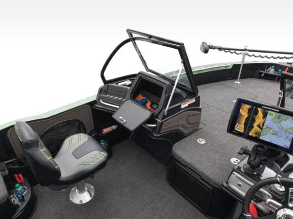 2020 Nitro boat for sale, model of the boat is ZV20 Pro & Image # 24 of 47