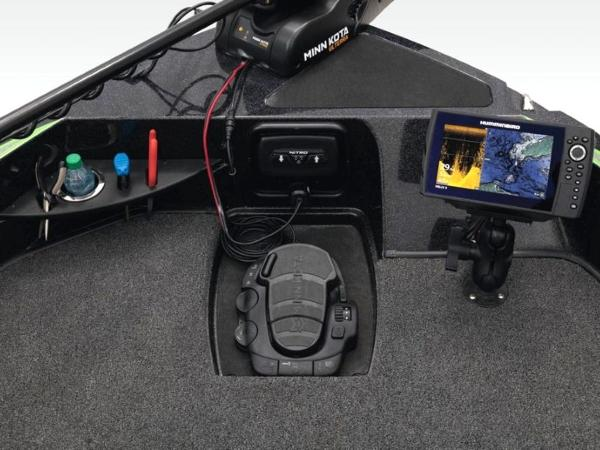 2020 Nitro boat for sale, model of the boat is ZV20 Pro & Image # 25 of 47