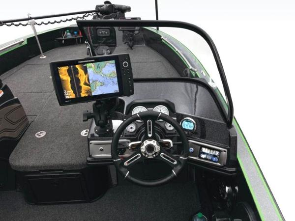 2020 Nitro boat for sale, model of the boat is ZV20 Pro & Image # 30 of 47