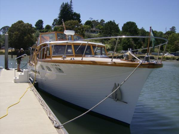 Shannon boats facebook stephens classic motor yacht for for Vintage motor yachts for sale