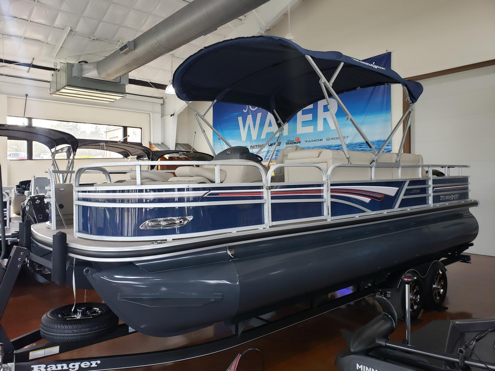 2019 Ranger Boats boat for sale, model of the boat is REATA 223F w/ Mercury 150L 4S & Image # 1 of 46