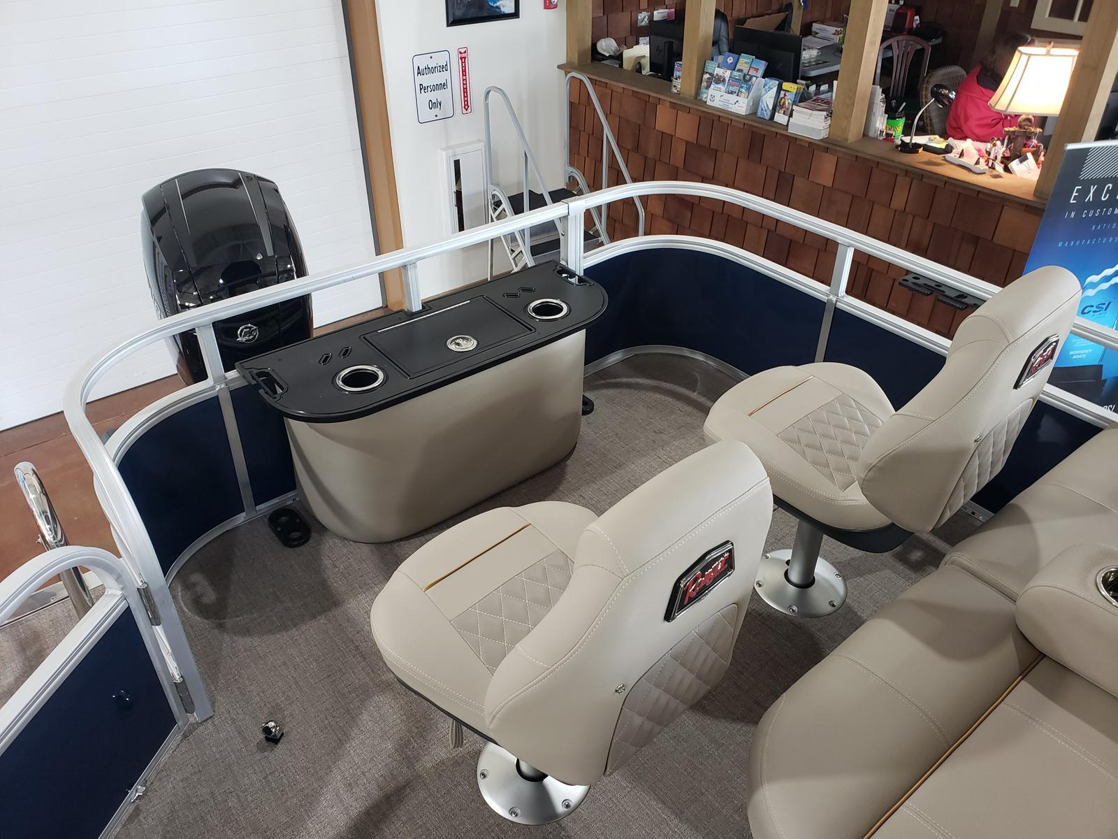 2019 Ranger Boats boat for sale, model of the boat is REATA 223F w/ Mercury 150L 4S & Image # 45 of 46