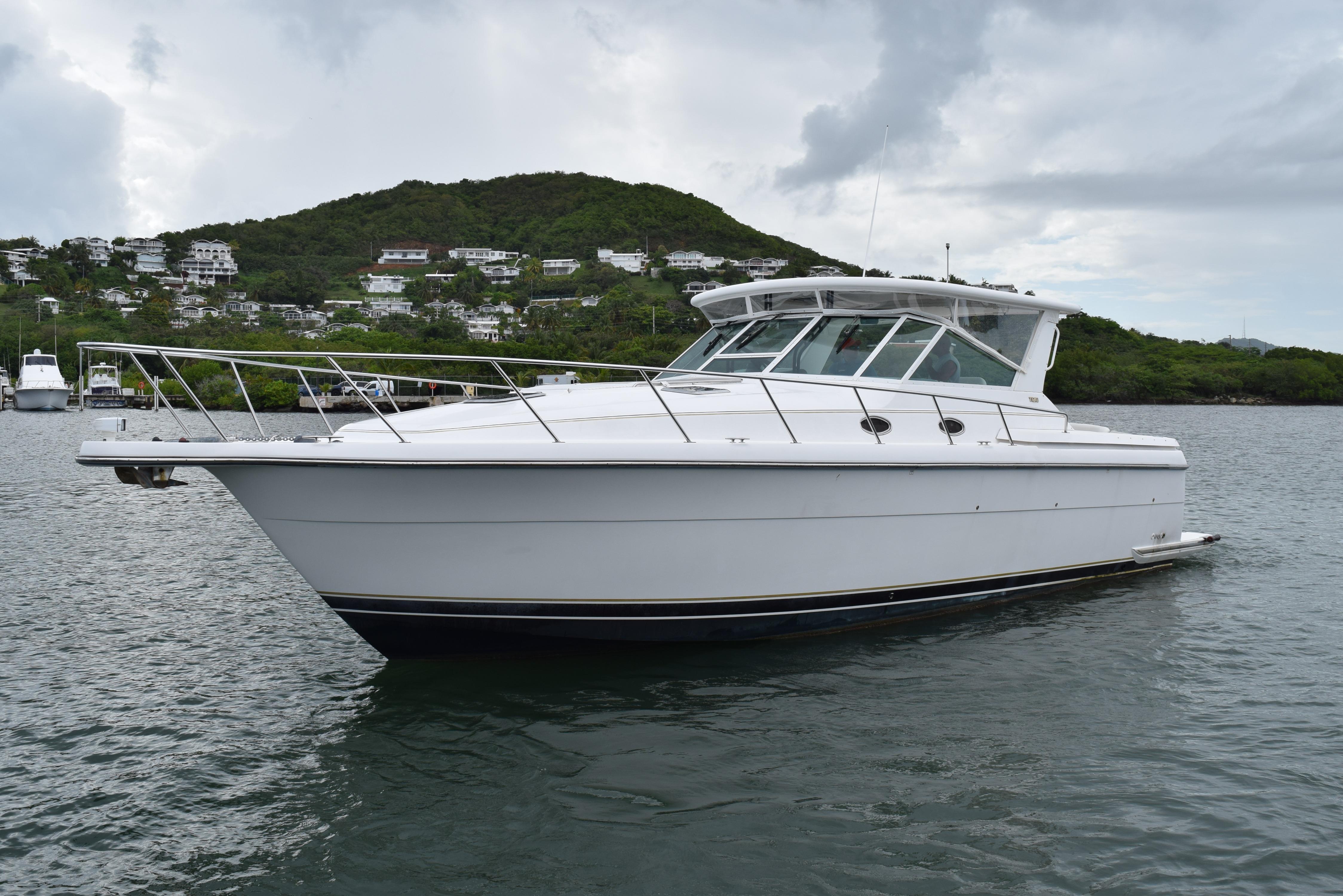 2003 Tiara Yachts 4000 Express
