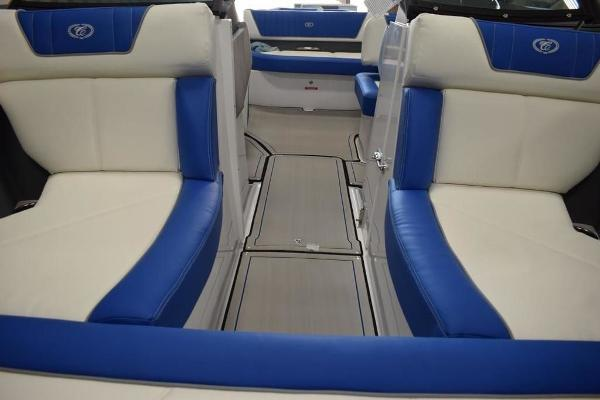 2020 Cobalt boat for sale, model of the boat is CS22 & Image # 2 of 11