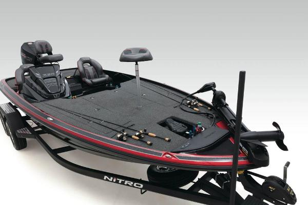 2020 Nitro boat for sale, model of the boat is Z20 & Image # 16 of 58
