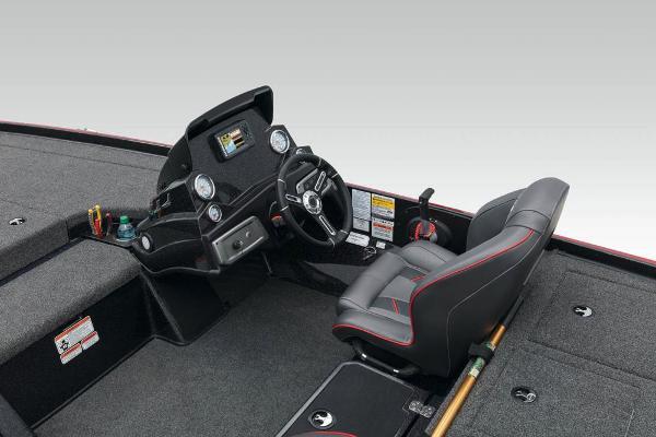 2020 Nitro boat for sale, model of the boat is Z20 & Image # 27 of 58