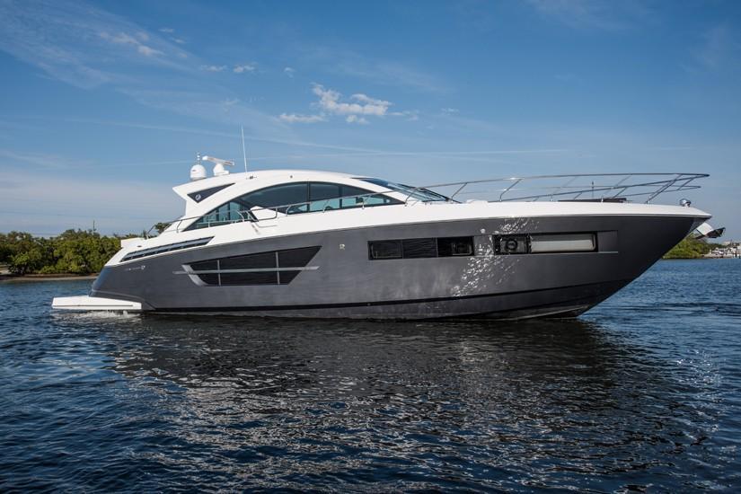 60' Cruisers Yachts 2016