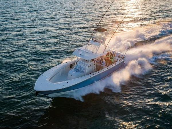 2020 Mako boat for sale, model of the boat is 414 CC Sportfish Edition & Image # 2 of 42