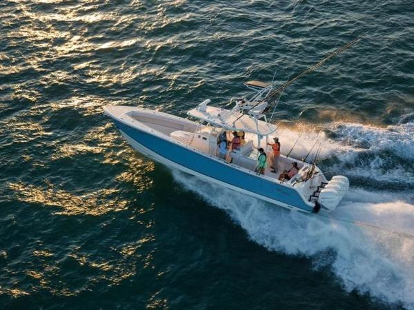 2020 Mako boat for sale, model of the boat is 414 CC Sportfish Edition & Image # 3 of 42