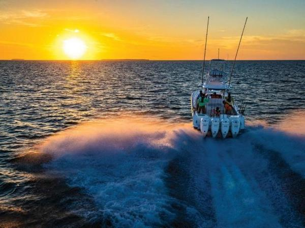 2020 Mako boat for sale, model of the boat is 414 CC Sportfish Edition & Image # 10 of 42