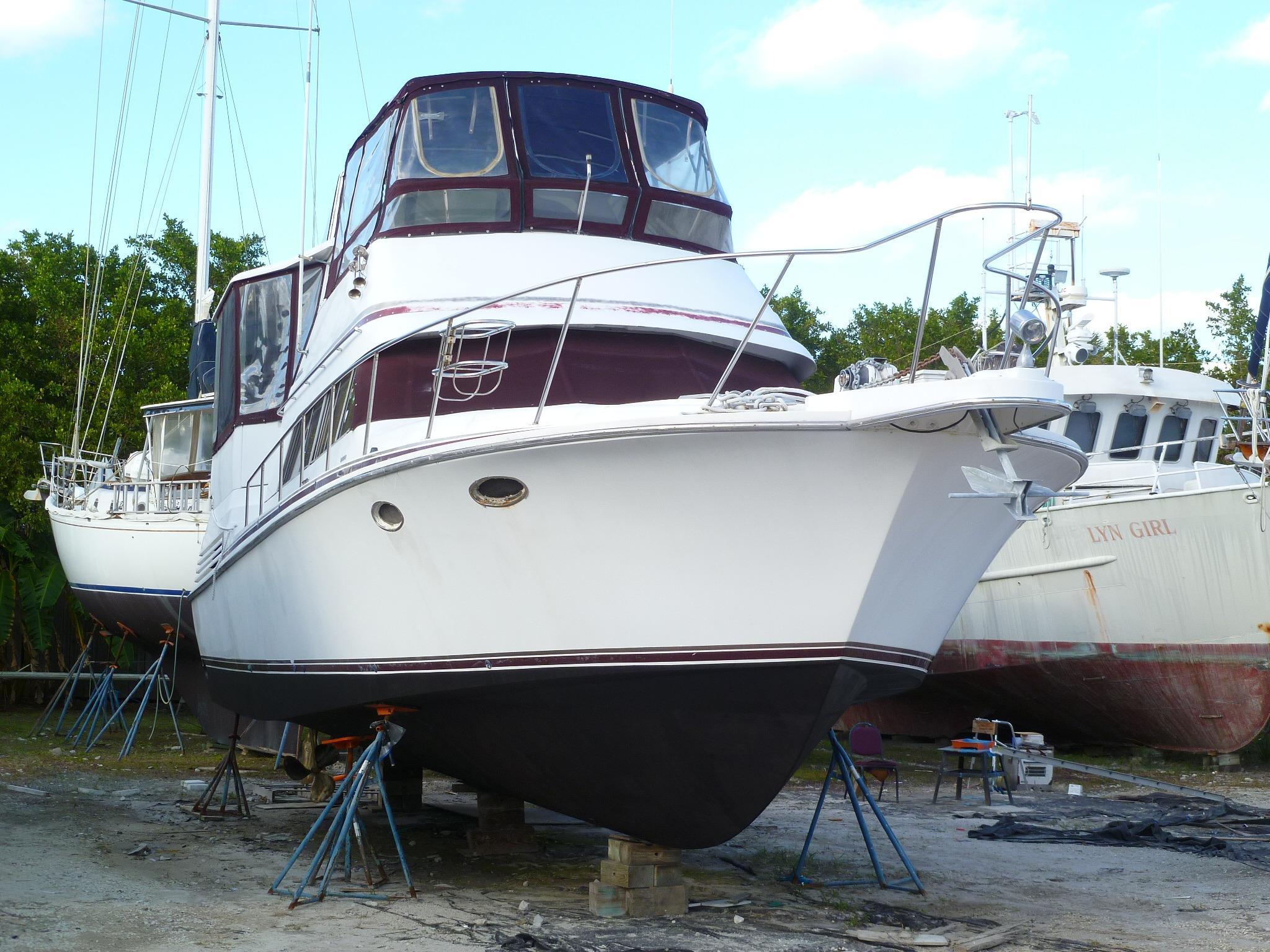 40' Trojan 1988 12 Meter Motor Yacht