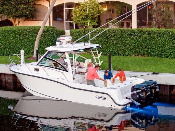 2020 Boston Whaler boat for sale, model of the boat is 285 Conquest & Image # 38 of 81
