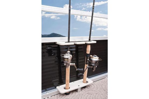 2013 Sun Tracker boat for sale, model of the boat is Bass Buggy 18 DLX & Image # 23 of 35